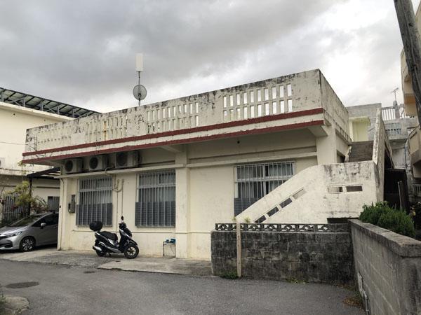 外壁塗装前の沖縄県宜野湾市M邸