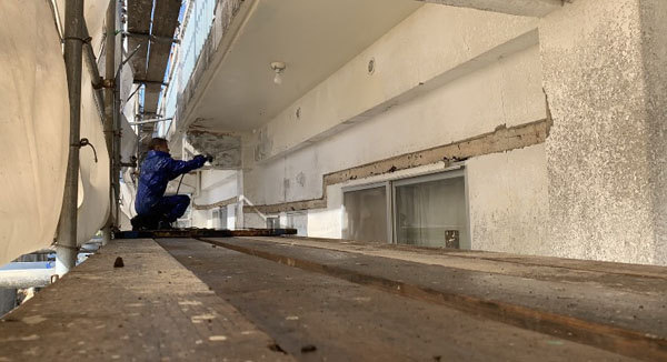 沖縄県宜野湾市S邸の高圧水洗浄工事。