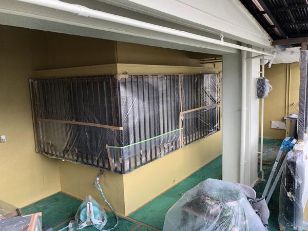 沖縄県那覇市K邸のポイント色中塗り。