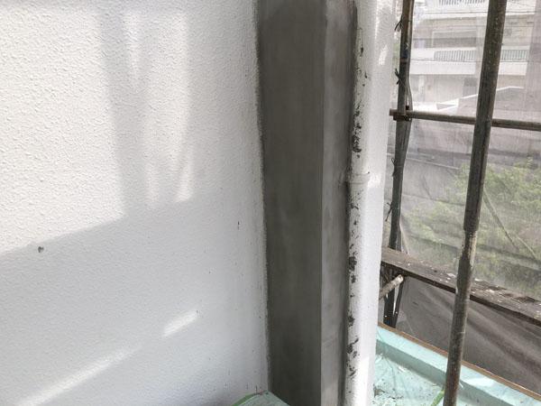 沖縄県那覇市G邸の外壁改修、左官仕上げ。