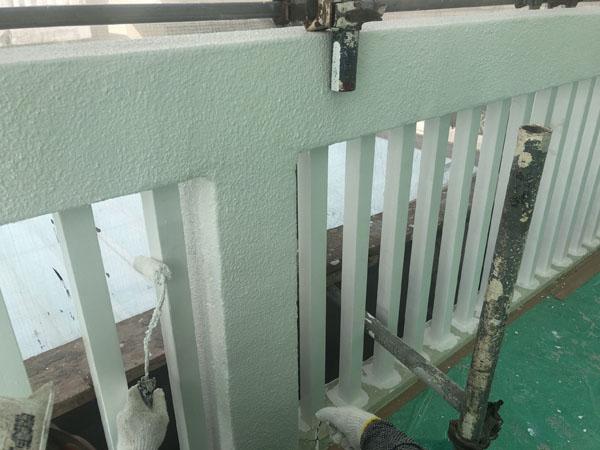 沖縄県那覇市G邸の外壁塗装上塗り。