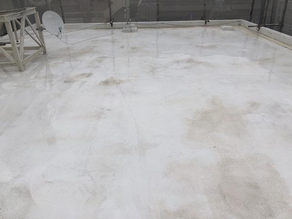 沖縄県那覇市G邸の屋上ウレタン塗膜防水遮熱トップコート工事前