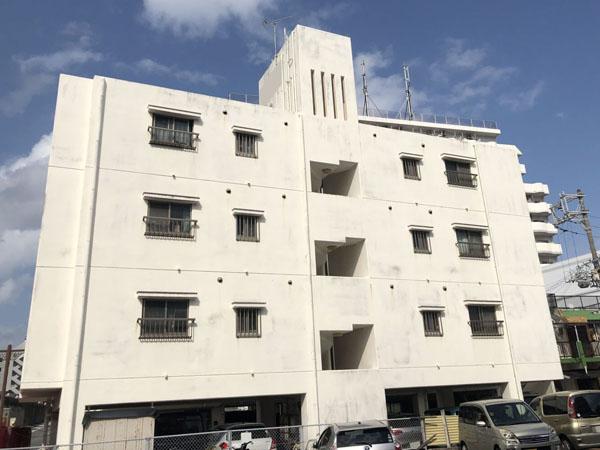 外壁塗装前の沖縄県那覇市Oアパート様