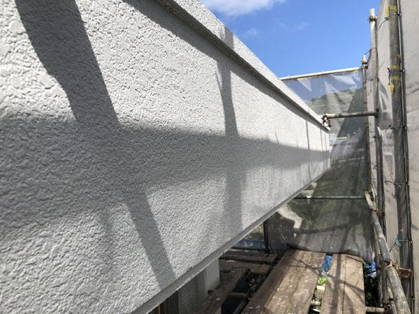 沖縄県南城市M邸のはちまき、ポイント色中塗り。