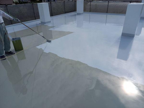 沖縄県南城市M邸のシリコン遮熱トップコート塗布仕上げ完了。