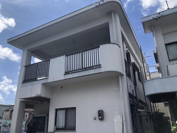 沖縄県豊見城市N邸の足場組立工事